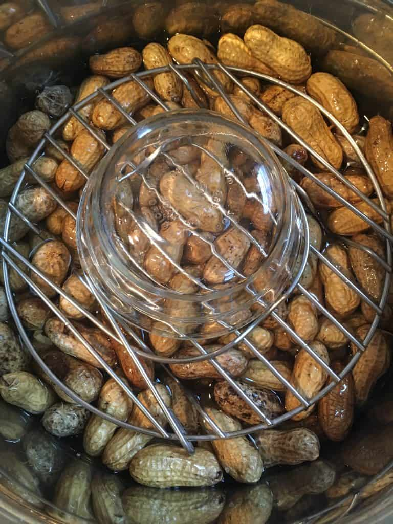 Did you know you can make boiled peanuts in the pressure cooker? It's so easy and saves a lot of time! Click through to find out how.