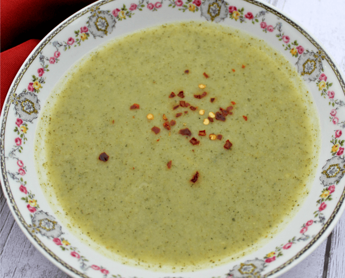 By making broccoli soup in the Instant Pot, you can have a flavorful comfort food without any of the guilt (and in a fraction of the time!). This delicious pressure cooker soup is Whole30 friendly and a healthy meal that is ready in no time! Instant Pot Broccoli Soup | Easy Broccoli Soup | Pressure Cooker Broccoli Soup