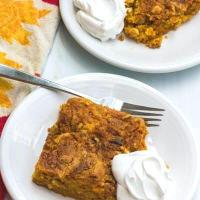 Deliciously Easy Pumpkin Crunch Cake for Fall