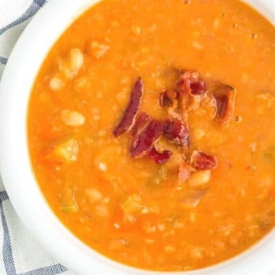 Easy Homemade Instant Pot Bean with Bacon Soup