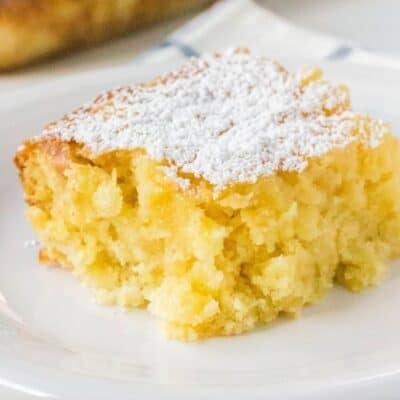 Pineapple Snack Cake – An Easy Tropical Treat