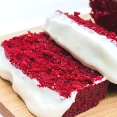 Red Velvet Loaf Cake – An Easy and Decadent Dessert